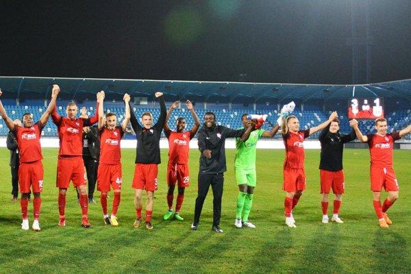 Futbalisti Serede sa v Nitre tešili z výhry nad Ružomberkom.