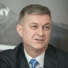 Peter Tomeček.