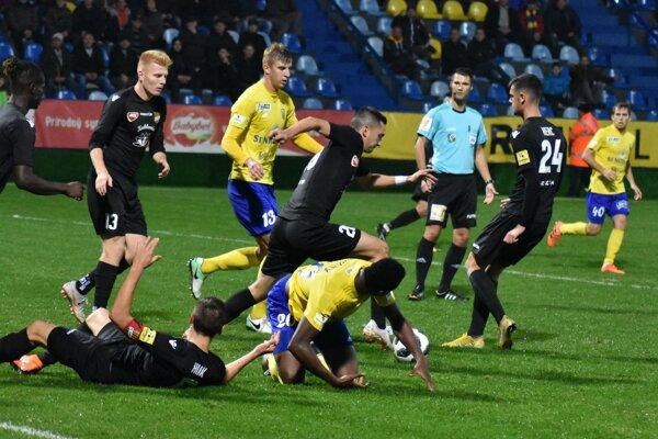 Diváci na Zemplíne videli skvelý zápas s úspešným koncom pre domácich.