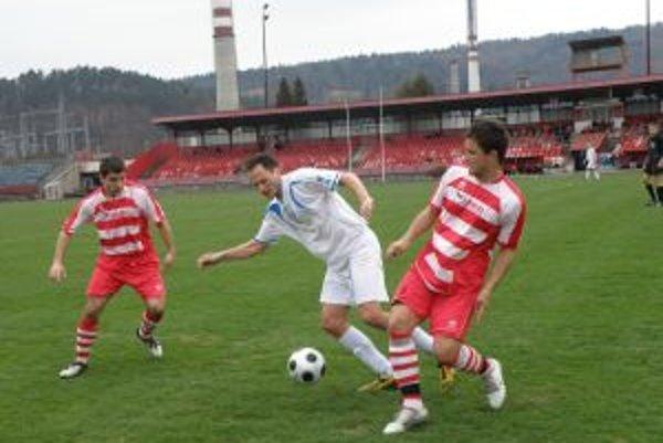 Považskobystričania Novisedlák (vľavo) a Martin Oršula (v červenom) so Šebom.
