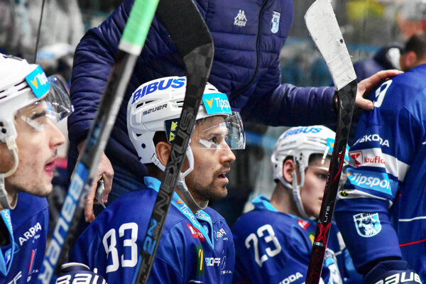 Erik Čaládi naštartoval obrat corgoňov na ľade Žiliny.