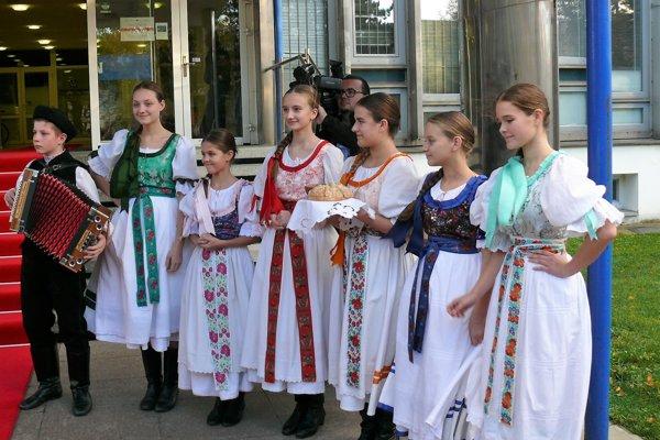 Detský folklórny súbor Kalužiar.
