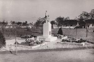 Pamätník zmierenia v roku 1936.