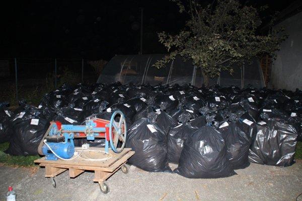 Kriminalisti strážili sklad v Kysuckom Novom Meste. Oplatilo sa. Ilustračné foto.
