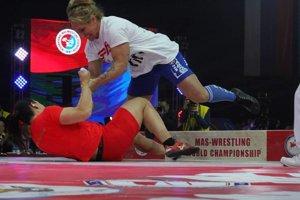 Víťazný ťah Jany Vaškovej (dole) vo finále.