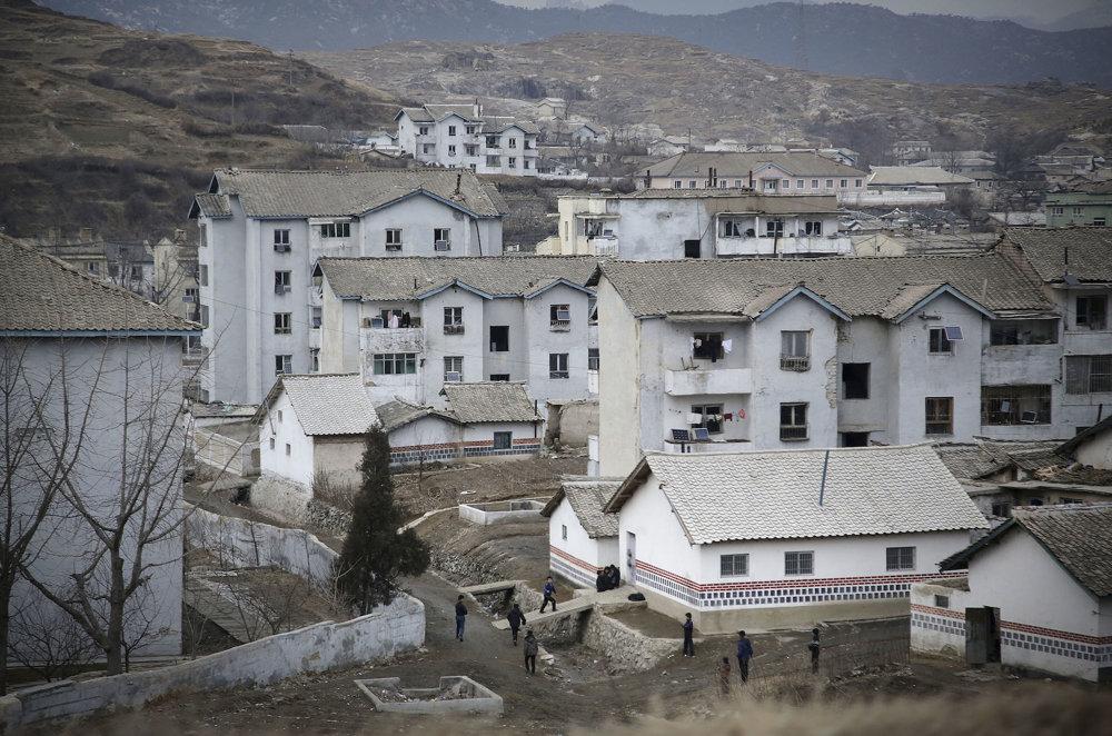 Bytové domy v Severnej Kórei.