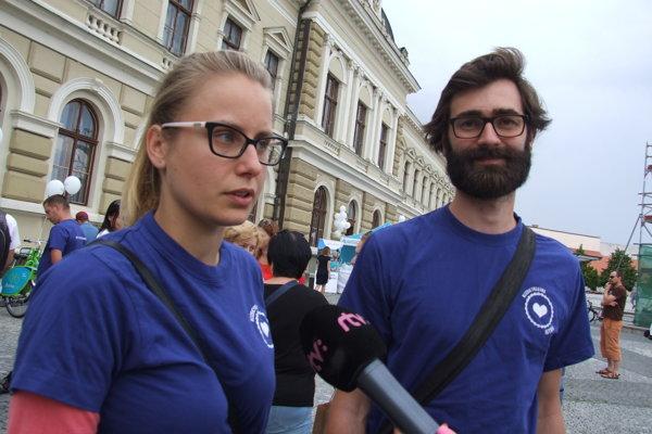 Michaela Hefková a Marek Hattas počas vlaňajšieho spustenia novej služby bikesharing. Od pondelka sa z nich stanú najvyšší predstavitelia mesta.