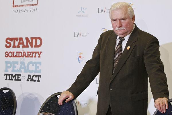 Lech Walęsa tvrdí, že urobil chyby, spoluprácu s komunistami však odmieta.