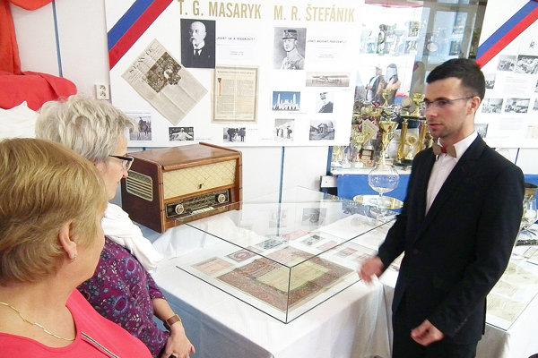 Ľubomír Staňo si maturitnú tému nielen spracoval, ale ju aj odprezentoval verejnosti.