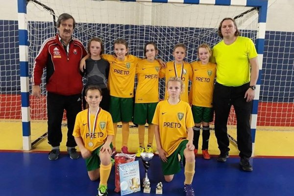 Turnaj v Žiline vyhrali domáce hráčky.