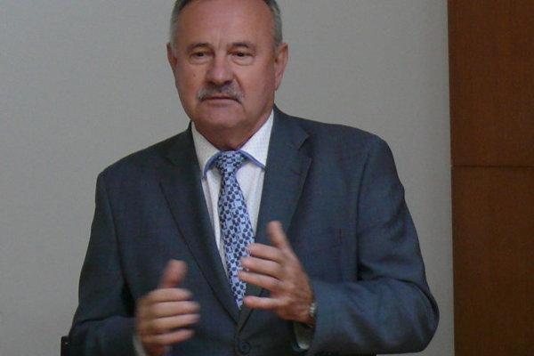 Ján Danko sa v pondelok ujal funkcie.