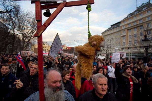 Protesty súvisiace s kauzou spisov Gorila.