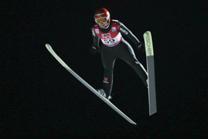 Skoky na lyžiach. Ilustračná snímka.
