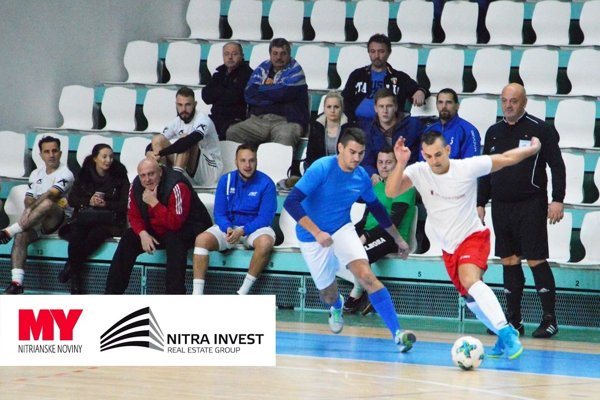 O pohár spoločnosti Nitra Invest bojovalo 20 firemných mužstiev.