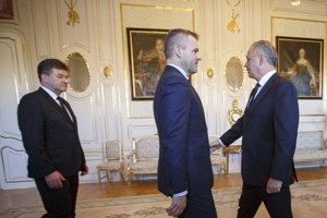 Zľava: Minister zahraničných vecí a európskych záležitostí Miroslav Lajčák, predseda vlády SR Peter Pellegrini a prezident SR Andrej Kiska.