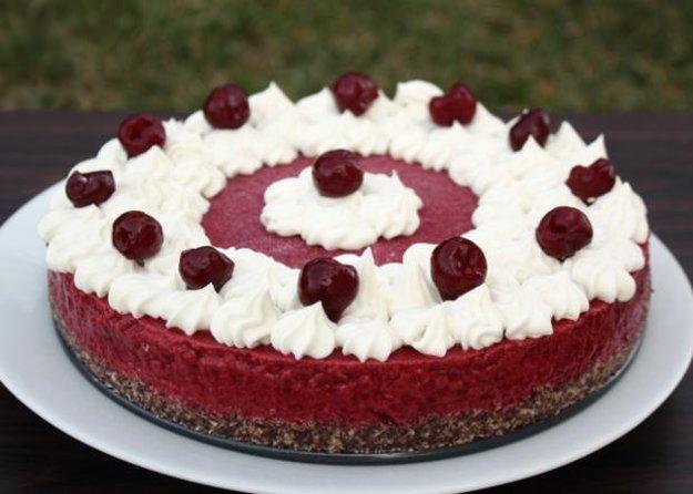 Višňová torta bez múky