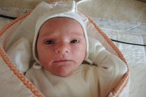 Juliana Schvencová (3000 g, 49 cm) sa narodila 2. decembra Renáte a Júliusovi z Dubodiela.