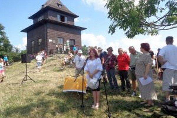 Knihu o histórii turizmu na Slovensku uviedli na Sitne.