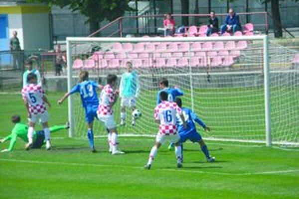 Vlani sa vo finále stretli Taliani (v modrom) s Chorvátmi.