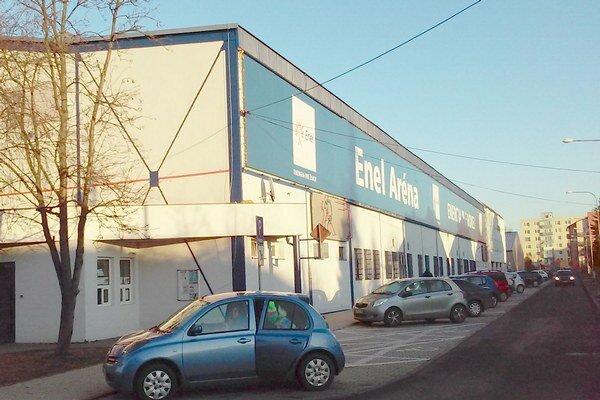 Štadión bude hokejistom k dispozícii už na jar 2017.