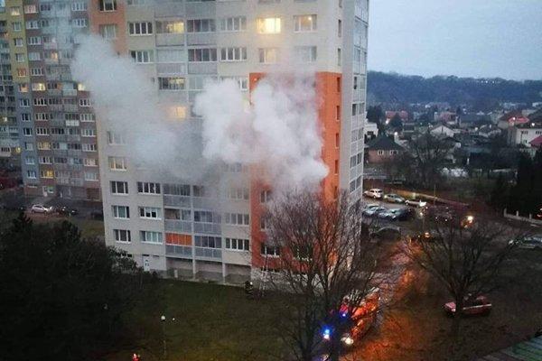 Požiar v košickej bytovke.