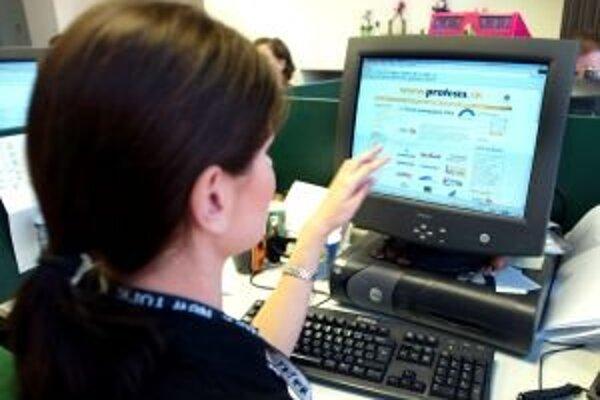 Ministerstvo požiadalo radnicu, aby sa postarala o odstránenie nedostatkov na novej internetovej stránke mesta.