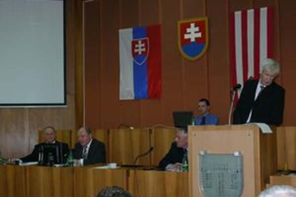 Dlh voči mestu podľa Jozefa Šebáka (vpravo) predstavuje asi milión eur.