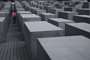 Pamätník obetiam holokaustu v Berlíne.