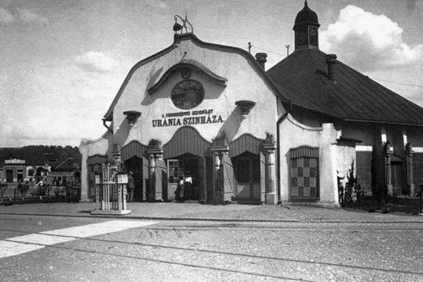 Uránia bola prvým košickým kinom. Stála na dnešnom námestí Osloboditeľov.
