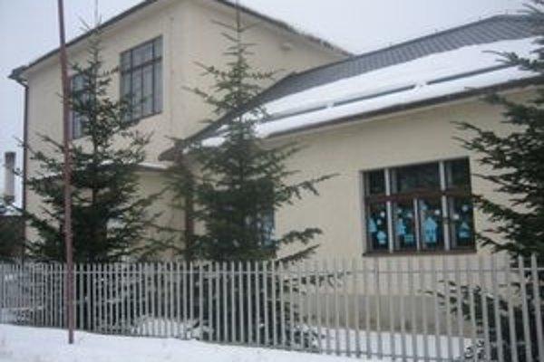 Zo získaných prostriedkov únie, štátneho a rozpočtu obce bude škola do mája kompletne zrekonštruovaná.
