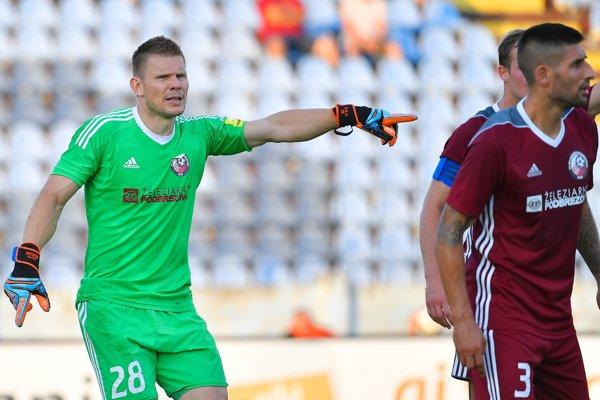 Martin Kuciak si už zrejme dres Podbrezovej obliekať nebude.