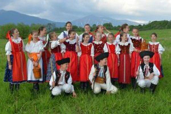 Súbor Ďumbier vystúpi v galaprograme k štyridsiatemu piatemu výročiu svojho vzniku.