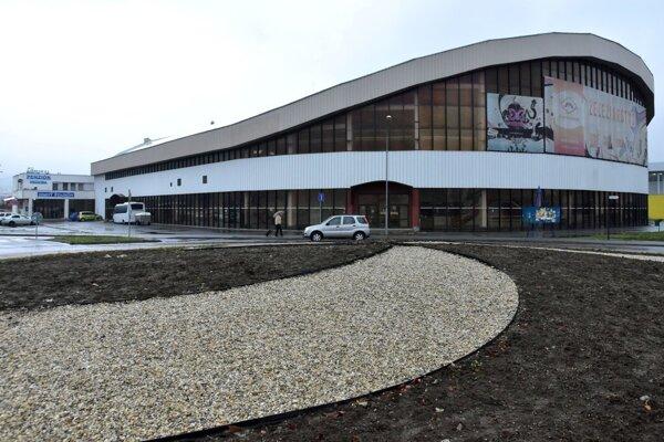 Hokejový štadión v Humennom.