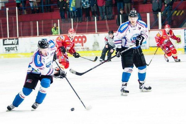 Ukončili sezónu. Prvoligisti prehrali s Bardejovom. Východniari semifinálovú sériu vyhrali 3:0. Liptáci tak  obsadili v sezóne 2013/2014 štvrtú priečku.