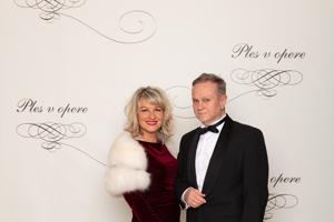 Simona Bubánová, podnikateľka výkonná riaditeľka a spolumajiteľka reklamných agentúr CD Ogilvy & Mather, Creative Department s manželom Jánom Kuricom
