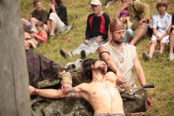 Pepaxa popravili na Havránku na Keltskom dni prvýkrát v roku 2004. Krvavý rituál odvtedy podstúpil už asi stokrát.