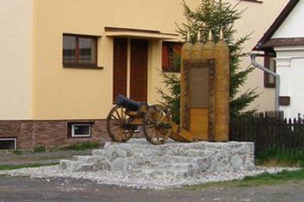 Pamätník vo Vavrišove pripomína bitku z roku 1709, v ktorej bojovali kuruci s labancami.