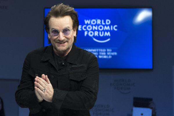 Írsky rockový spevák a aktivista Bono.