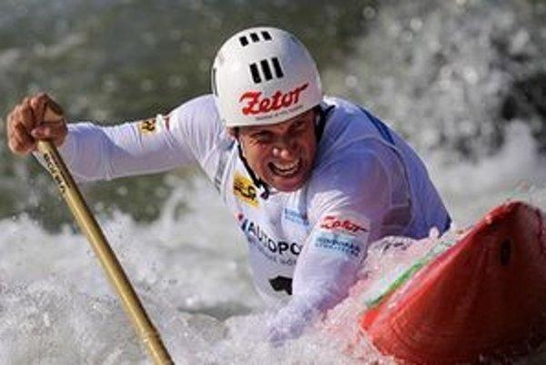 Martikán je jediným vodným slalomárom na svete, ktorý má vo svojej zbierke štyri olympijské medaily. Alexander Slafkovský je trojnásobným majstrom sveta a štvornásobným európskym šampiónom.