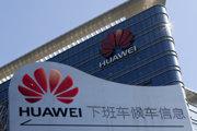 Podľa čínskych médií sa Washington snaží potlačiť spoločnosť Huawei a obmedziť jej globálnu expanziu.