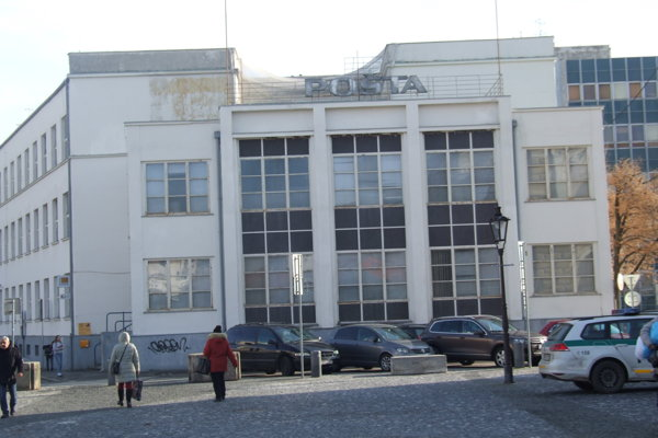Hlavná pošta v Nitre.