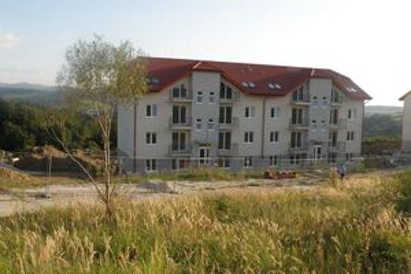 Nová bytovka. Byty v nej bude mesto rozdeľovať žrebovaním.