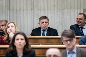 Šéf Smeru a kandidát na ústavného sudcu Robert Fico.