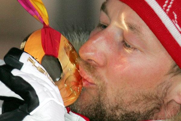 Kjetil André Aamodt, štvornásobný olympijský víťaz, päťnásobný majster sveta. Jazdil všetky dispciplíny alpského lyžovania.