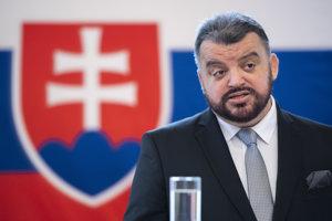 Nezávislý kandidát Eduard Chmelár počas predstavenia jedného z prvých projektov svojej kandidatúry na post prezidenta.