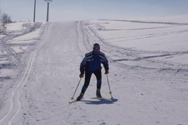 Bežkásku stopu si milovníci zimných športov pochvaľujú.