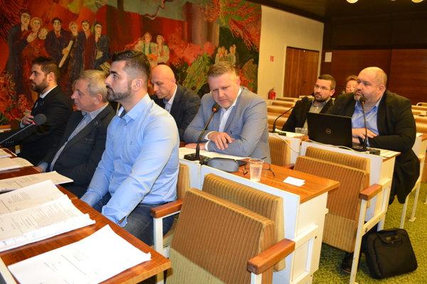 Sninskí poslanci schválili úver jednomyseľne.