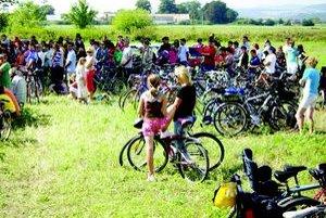 Minulý rok prišlo na bicykloch viac ako 1700 ľudí, tento rok 719.