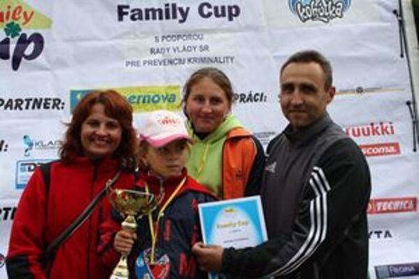 Športovou rodinou SR 2009 sa stali Veteškovci z Púchova.