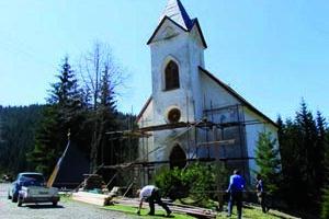 Na zachovanie a dokončenie opravy kostolíka na Magurke chýbajú peniaze.